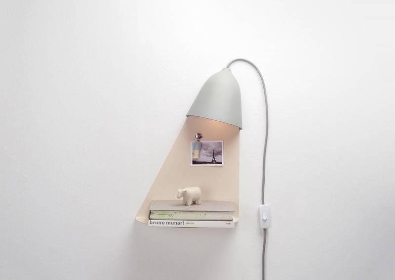 Lampe murale ou à poser Light Shelf grise - Maison James Close à Antibes