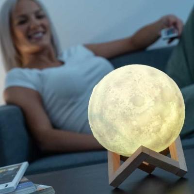 Lampe Veilleuse Moondy Moon Kubbick sélection - Maison James Close à Antibes