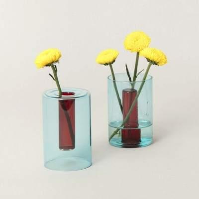 vase en verre réversible S bleu / rouge - Maison James Close à Antibes
